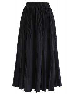 Pleated Hem A-Line Midi Skirt in Black