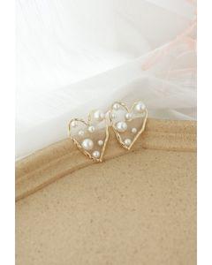 Perlenbesetzte Herzohrringe