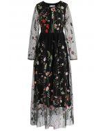Schwarz Lost in Fields Fields Langes Kleid aus besticktem Mesh